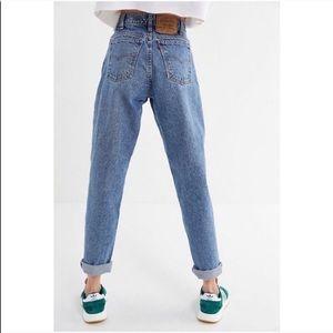 LEVI'S Vintage 550 90's High Waisted Mom Jeans